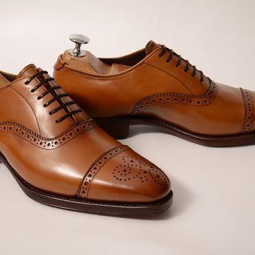 Handmade leather lace up dress shoe..