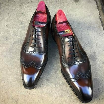 Handmade leather lace-up suit shoes..
