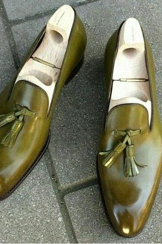 Olive Green Color Man Tassel Moccasin Handmade Leather Shoes Suit for men