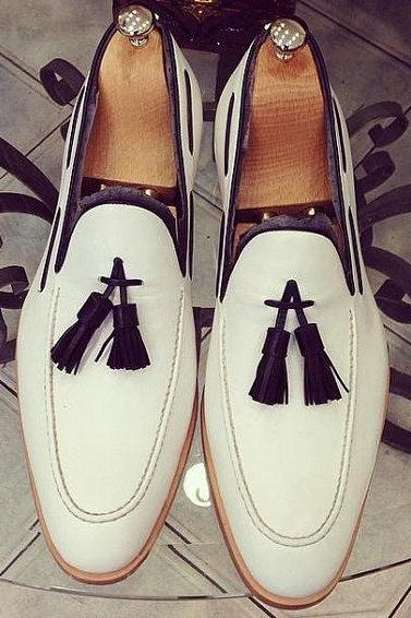 Handmade Custom White Tassel Moccasins Genuine Leather Shoes For Men
